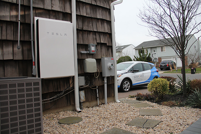 SunPower® Equinox™ home solar energy system is compatible with battery storage solutions