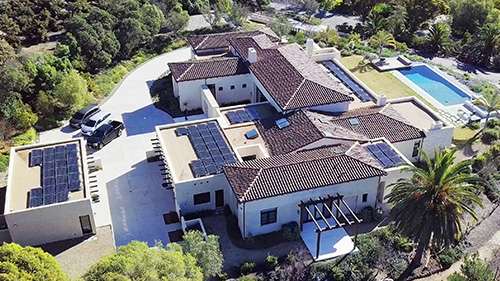 Award-Winning Solar Installation Perfects Form and Function for San Diego Homeowner