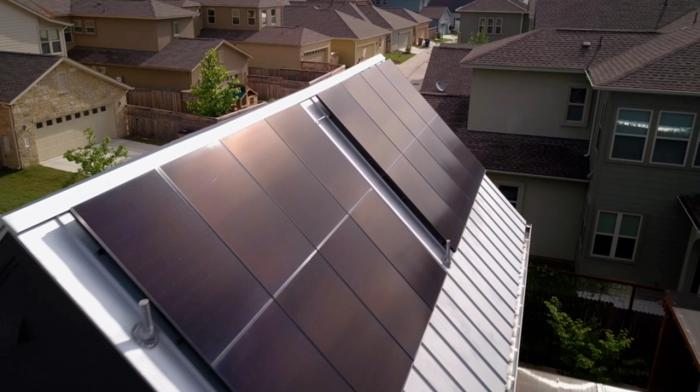 Solar pros and cons: SunPower's more attractive solar panel design is a plus.