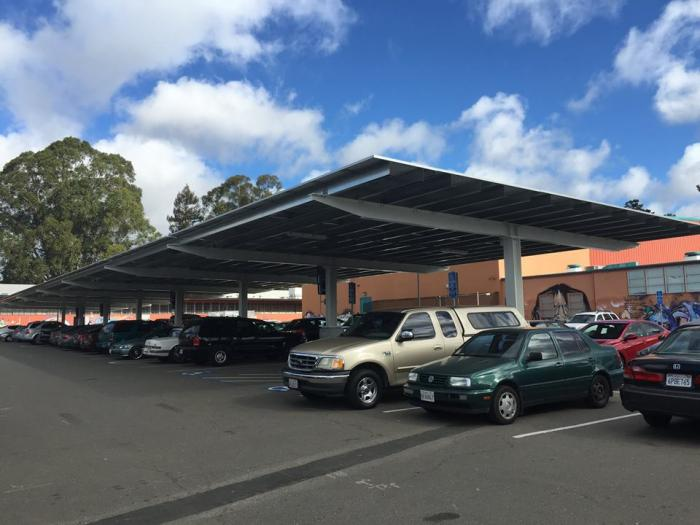 Oakland Unified School District's solar installment at Castlemont High.